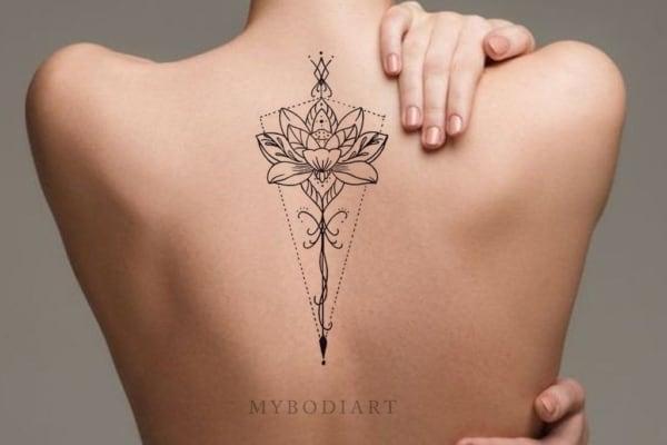 tatuagem flor delótus significado 06