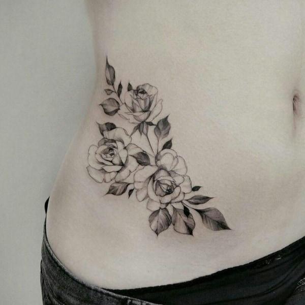 tatuagem na barriga 51