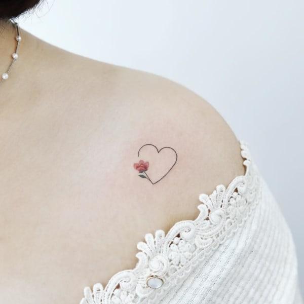tatuagem no ombro feminina 41