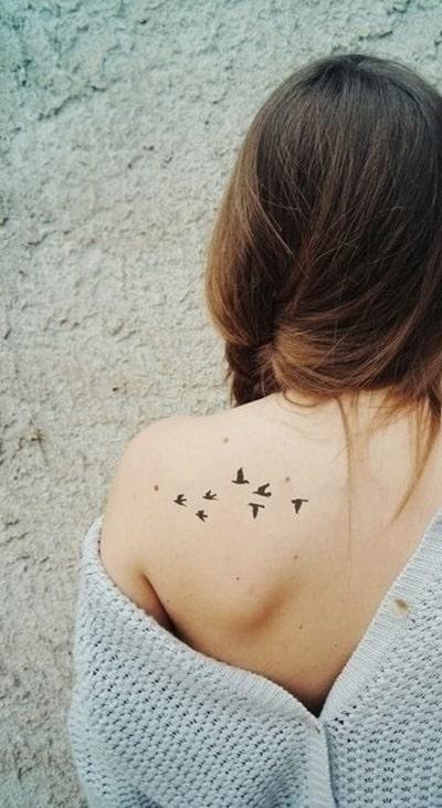 tatuagem no ombro feminina 42