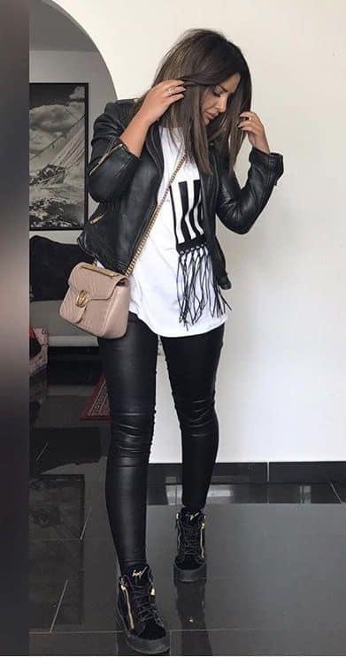 look de inverno com jaqueta de couro para churasco