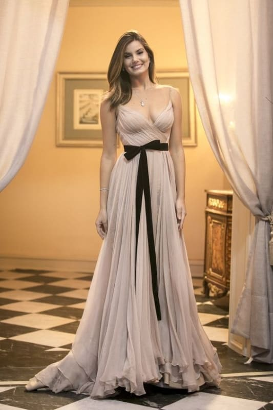 vestido nude e preto para madrinha de casamento