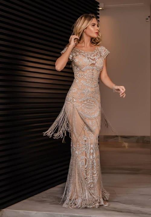 vestido de madrinha longo com forro nude