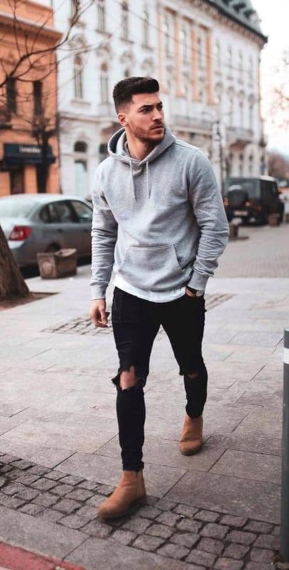 look masculino simples e moderno com moletom