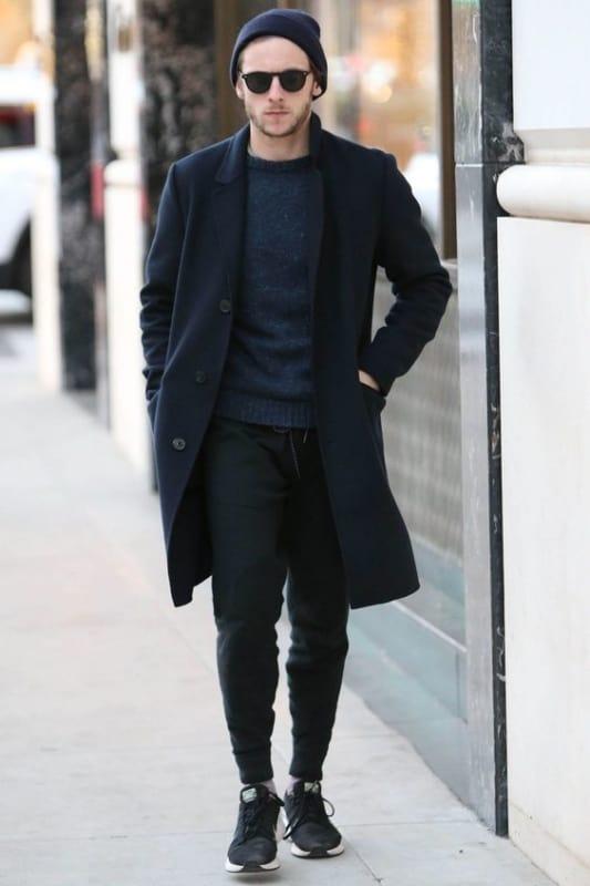 look masculino com casaco de inverno e estilo moderno