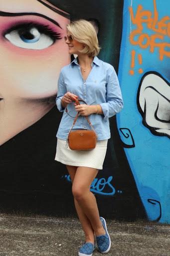 Look casual de verão com slip on feminino jeans