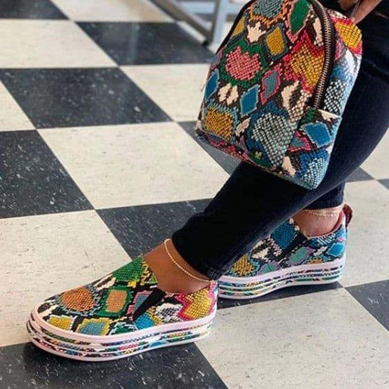 Slip on todo colorido fashion