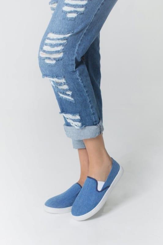 Tênis básico jeans modelo slip on