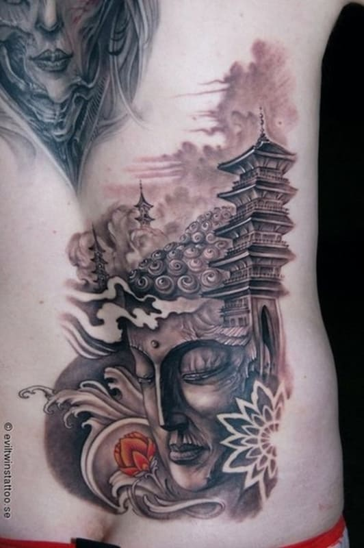 Tatuagem templo chines com Buda