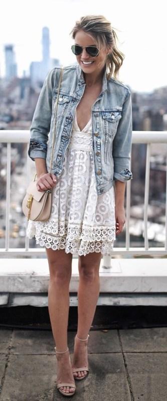 Vestido branco de renda 25