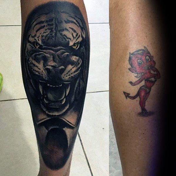cobertura de tatuagem na perna