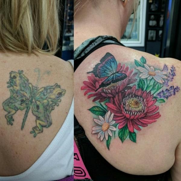 cobertura de tatuagem ombro feminino