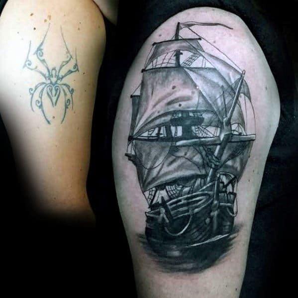 ideias de cover up tattoo preta