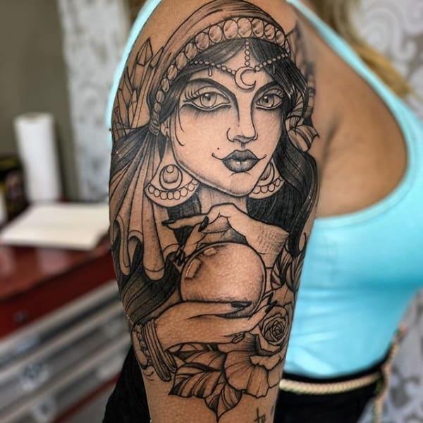 tatuagem cigana grande 1
