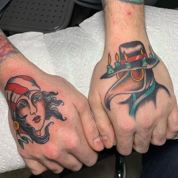 tatuagem cigana na mão