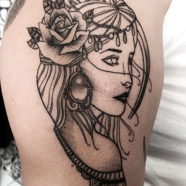 tatuagem cigana sombreada