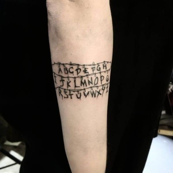 tatuagem geek stranger things ideias