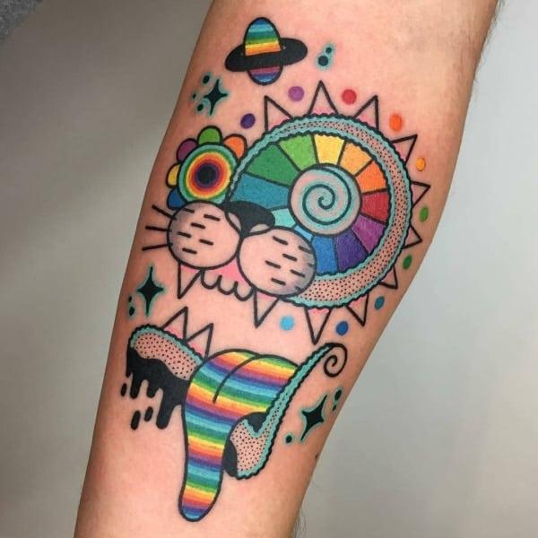 tatuagem psicodélica colorida linda