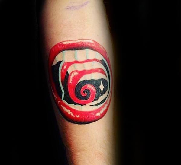 tatuagem psicodélica diferente