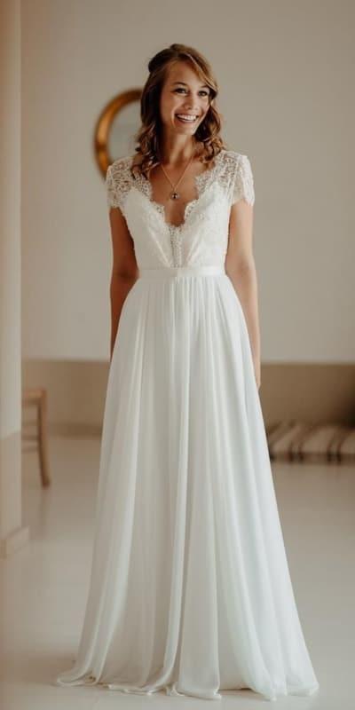 vestido de noiva romântico com manga curta