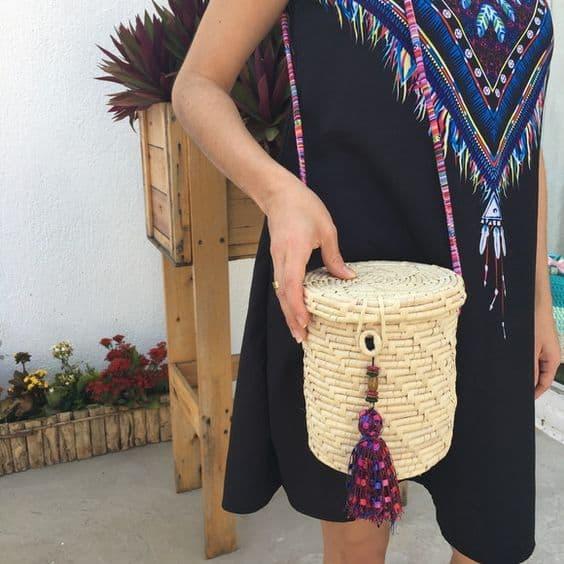 bolsa da moda em palha