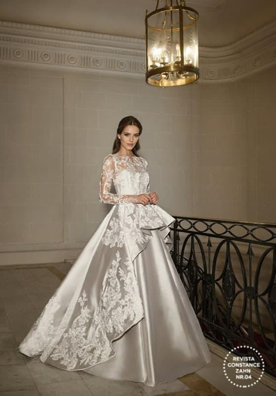 vestido de noiva princesa em cetim com manga longa