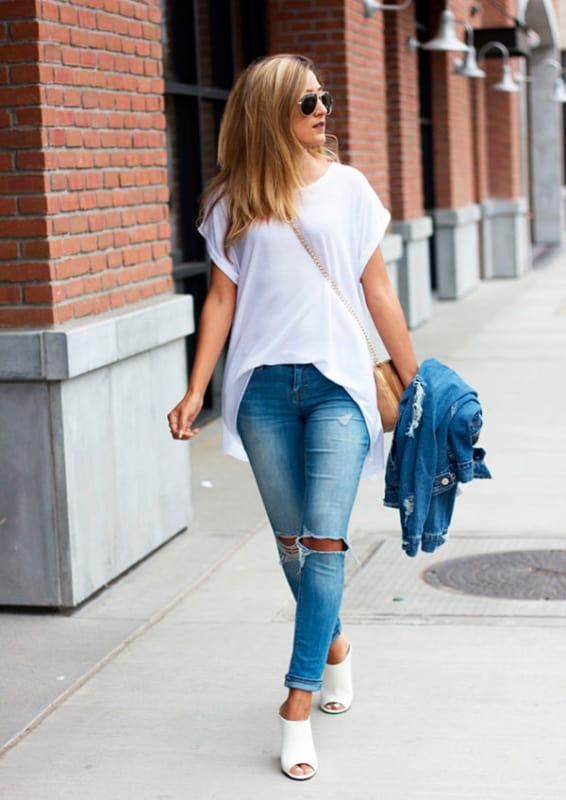 Mule com salto alto e calça jeans