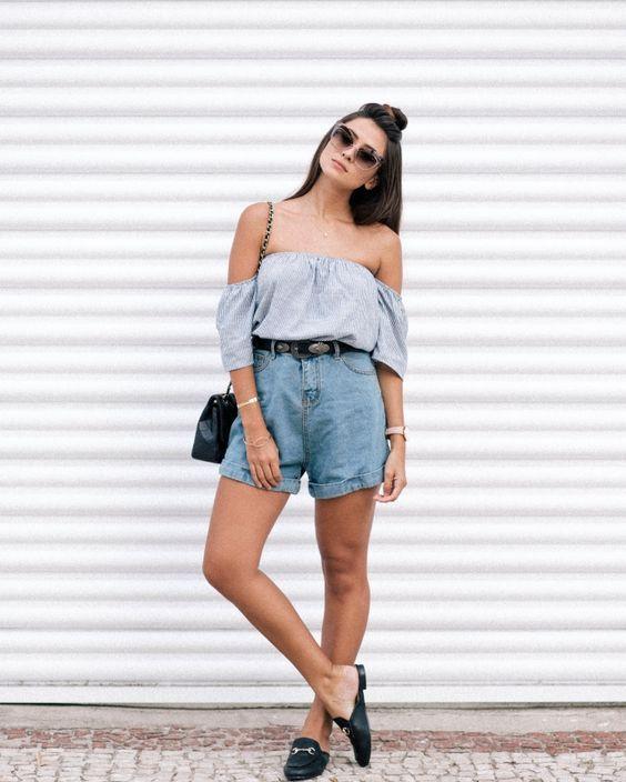 Opção de usar mule feminino preto no dia de calor