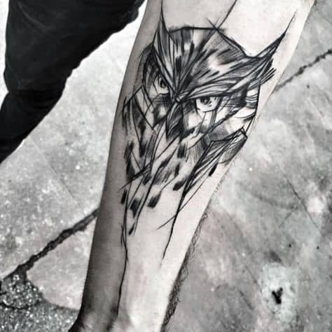 coruja em tatuagem sketch