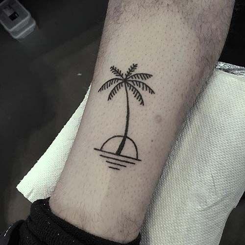 tatuagem de coqueiro com onda