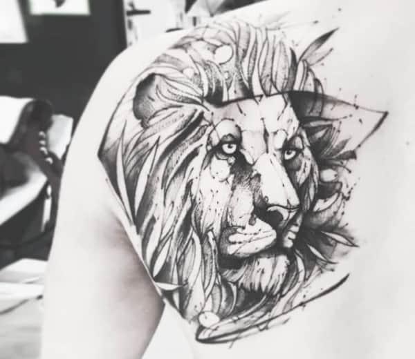 tatuagem sketch nas costas