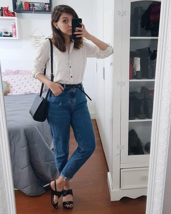 look casual com calça mom jeans