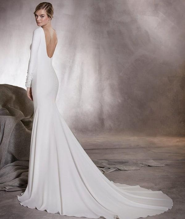 vestido de noiva em crepe com manga longa