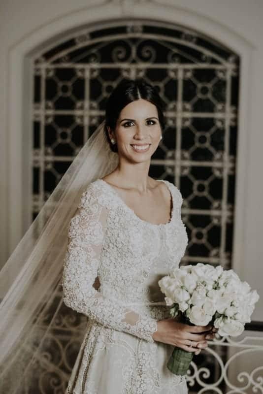 vestido de noiva com renda richelieu
