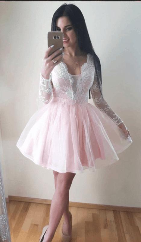 vestido de noiva rosa e branco curto