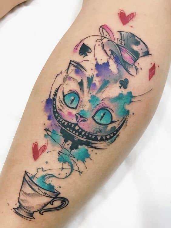 tatuagem gato de Alice no País das Maravilhas