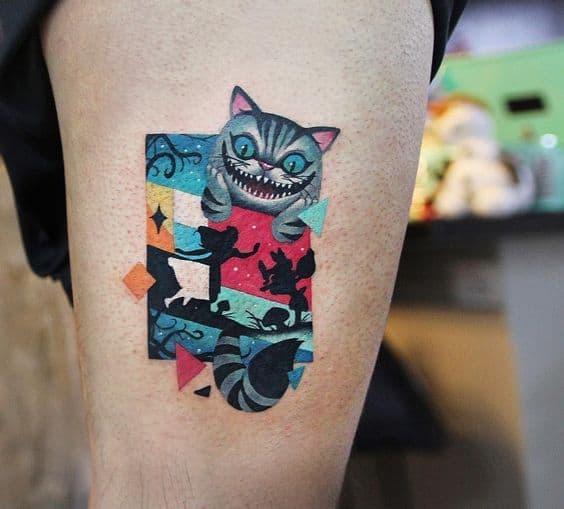 tatuagem moderna do gato de Alice no País das Maravilhas