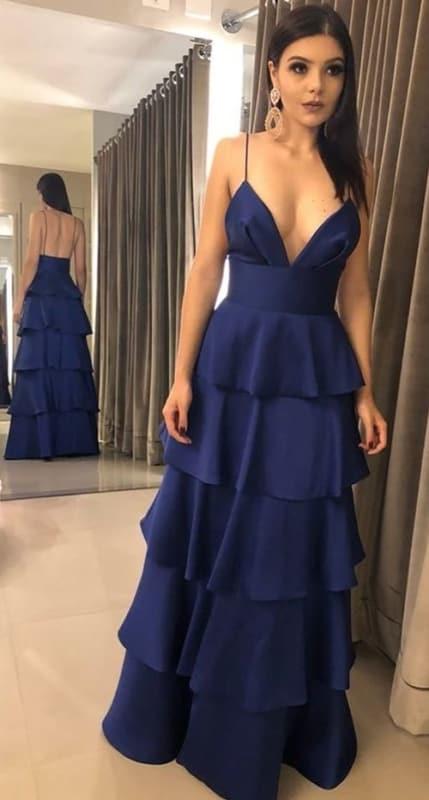 vestido azul marinho para madrinha de casamento com alcinha e babados