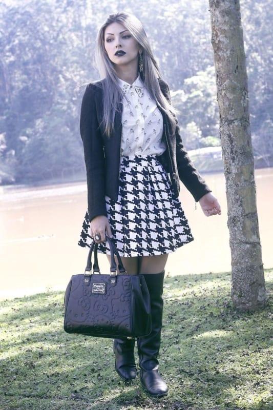 estilo gotico suave com saia curta