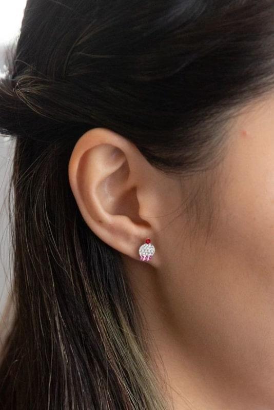 combinacao de brincos pequenos para furos na orelha