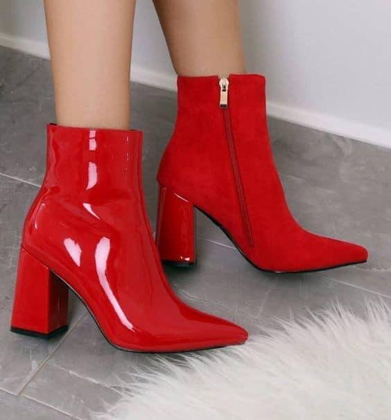 bota de vinil vermelha