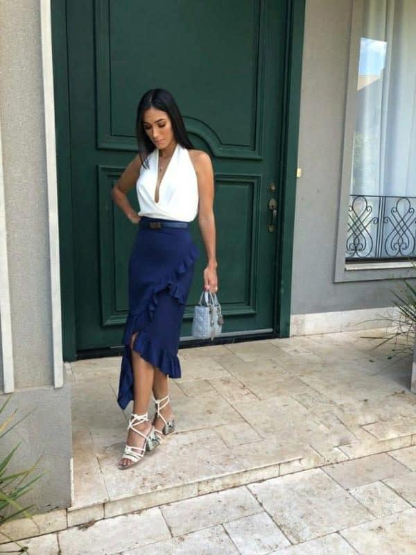 look com saia midi e blusa frente unica branca com decote
