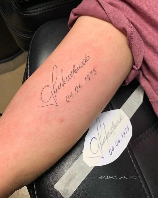 tattoo em homenagem ao pai com nome