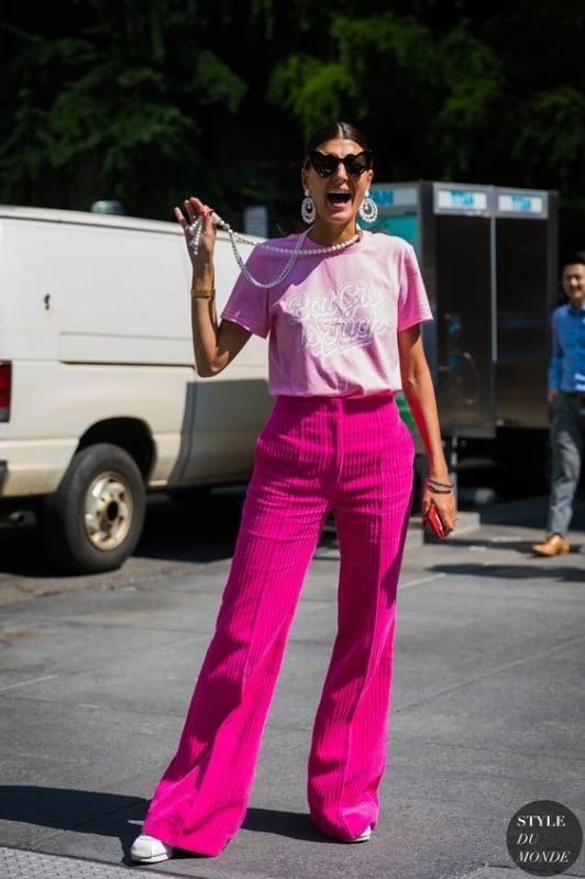 look monocromatico em tons de rosa