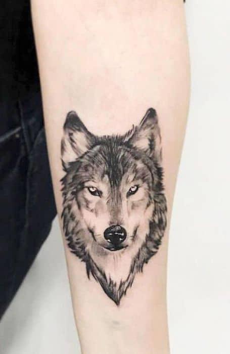 significado de tatuagem de lobo
