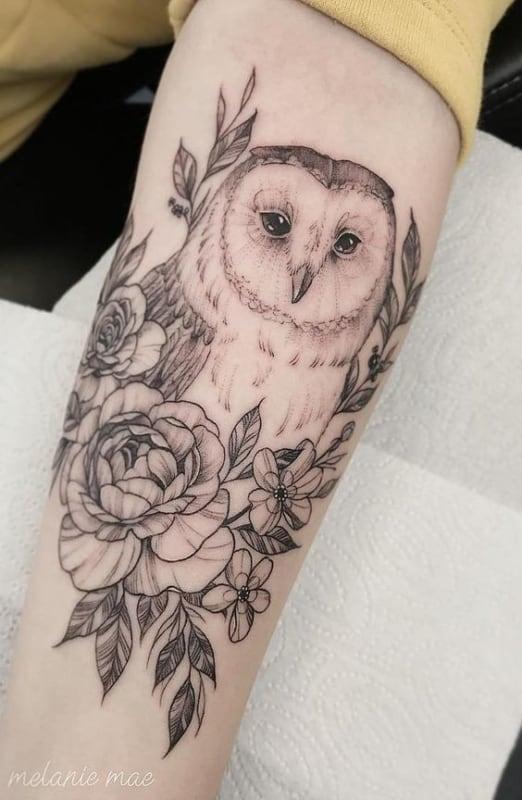 significado de tatuagem de coruja