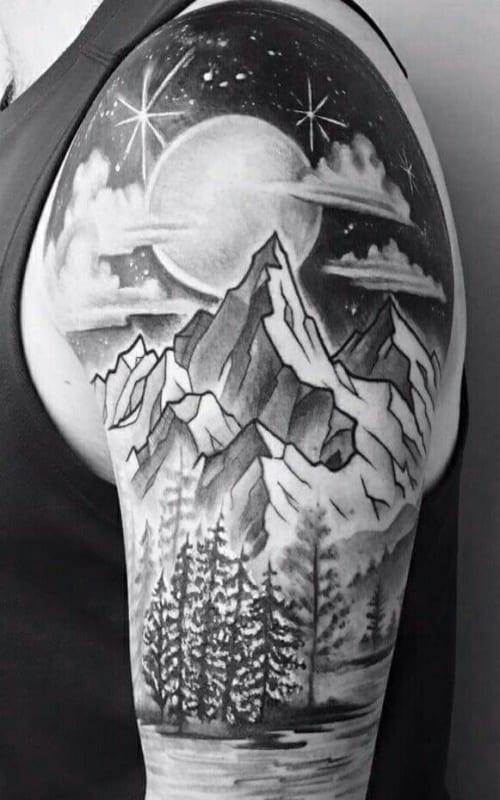 tatuagem masculina grande de natureza