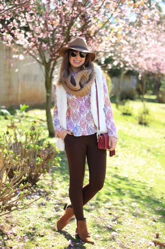 31 look inverno com calca montaria marrom e colete