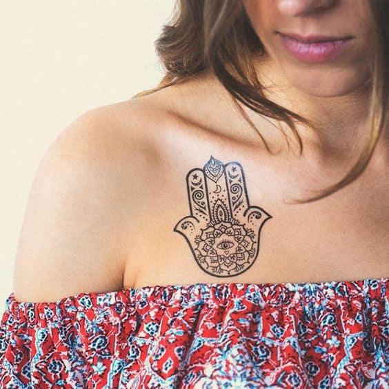 tatuagem de protecao feminina Hamsa