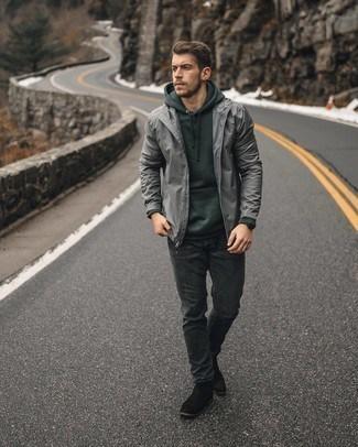 look casual com jeans e corta vento cinza